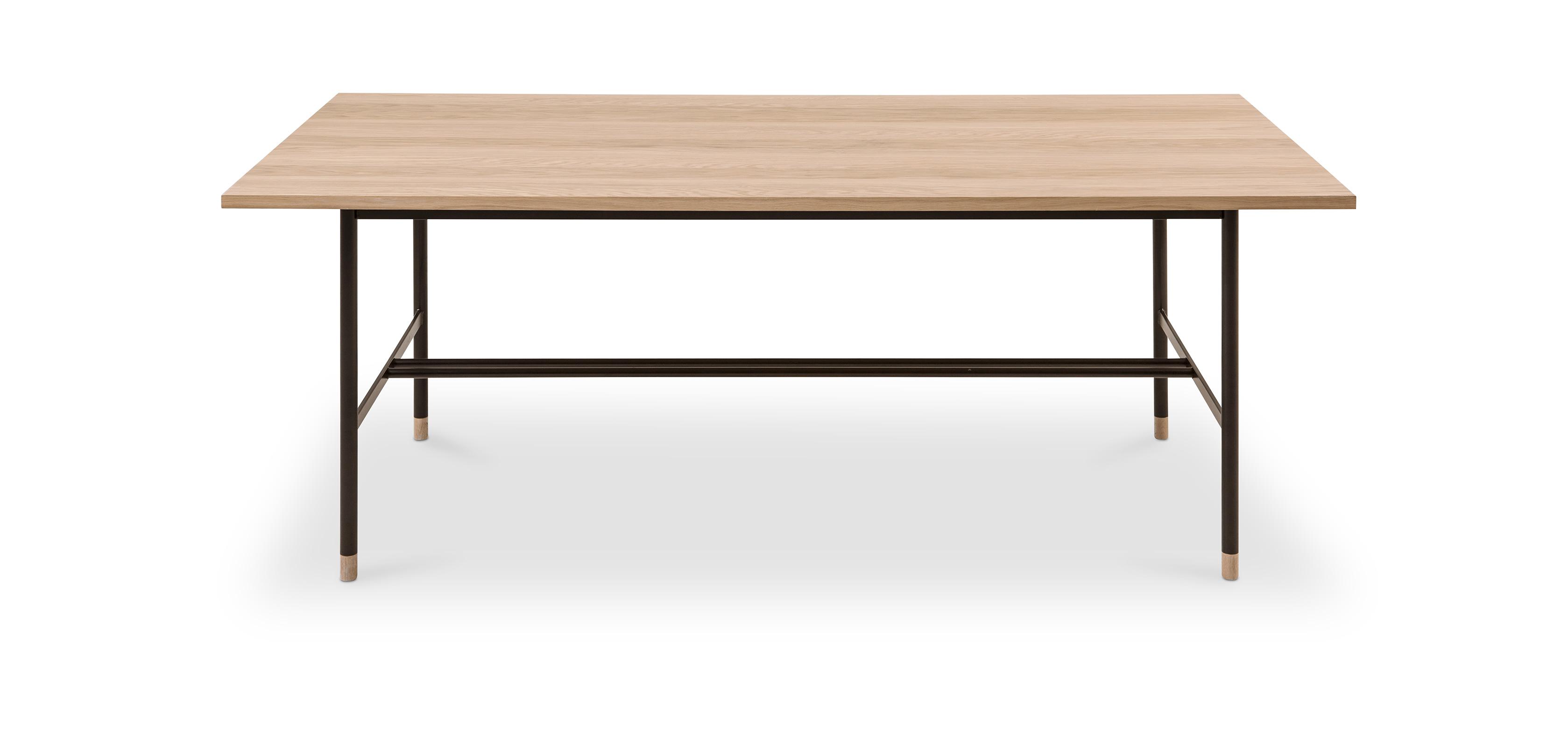 Table de salle à manger de style industriel en bois et métal